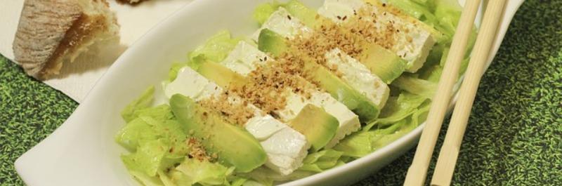 gezond eten en afvallen, avocado salade