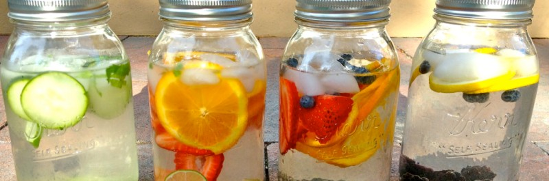 hoe verlies je gewicht, water die op smaak is gebracht met fruit