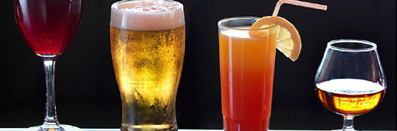 hoe verlies je buikvet, een glas wijn, een biertje, een cocktail en glas sterke drank