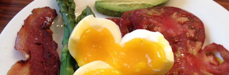 paleo dieet ontbijt, spek en eieren