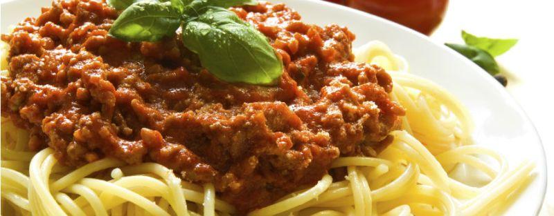 paleo dieet, bord met spaghetti, wat niet aan te raden is bij het paleo dieet.